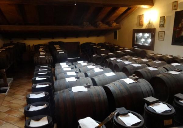 レオナルディ バルサミコの樽