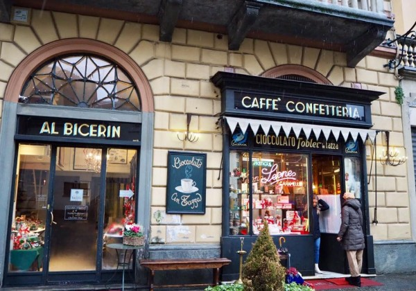 トリノ最古のカフェへ