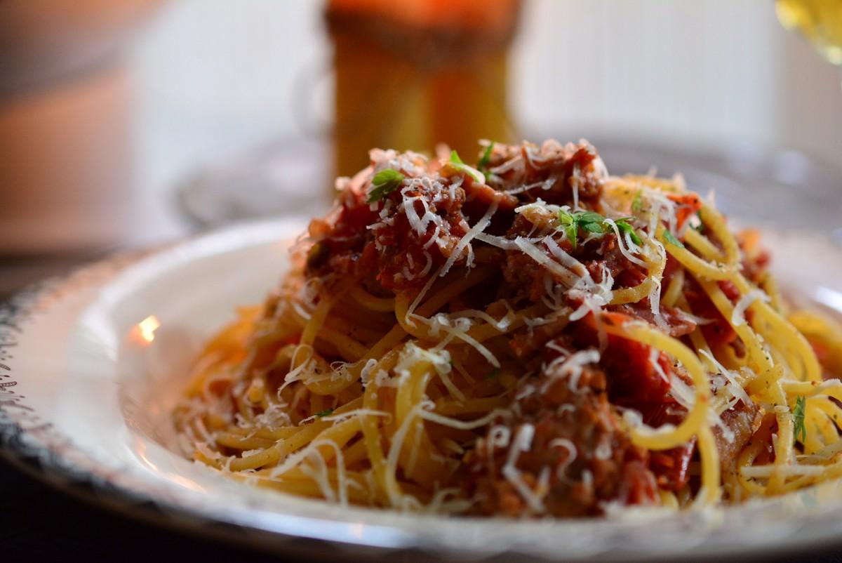 スパゲッティ・ボロネーゼ(ベーコン入り)