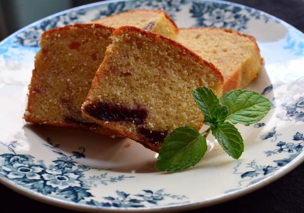 プルーン入りバターケーキ